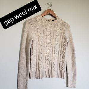 Gap cable knit wool mix sweater size small